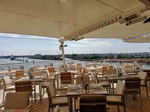 Restaurant Yachtclub das Buffetrestaurant auf der MS Europa 2