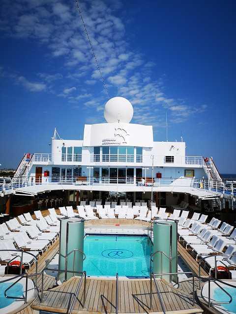 Pooldeck Regent Seven Seas Navigator