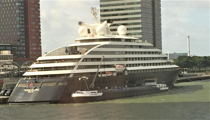 Luxuskreuzfahrtenblog auf der ersten offiziellen Besichtigung der Scenic Eclipse in Rotterdam